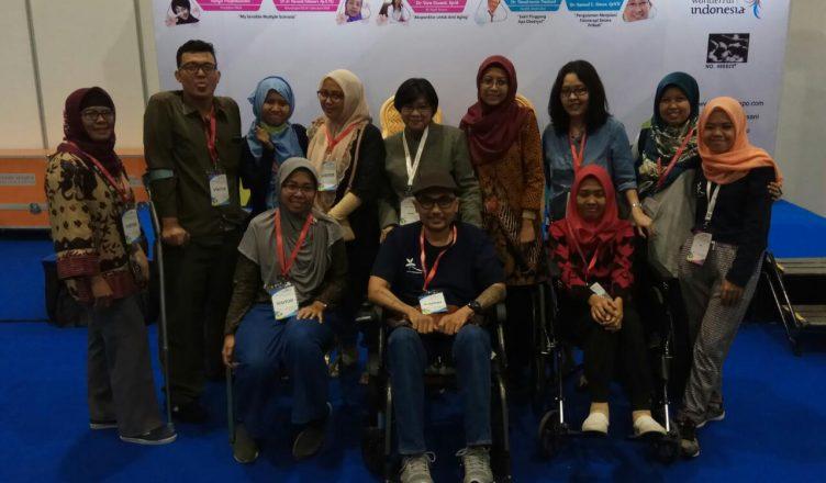 Para anggota YMSI yang hadir pada acara talk Show